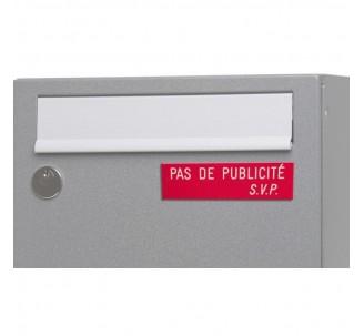"""Plaque """" PAS DE PUBLICITE - SVP """" - Fond rouge, texte gravé blanc"""