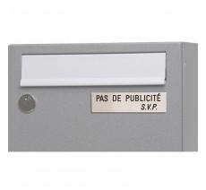 """Plaque """" PAS DE PUBLICITE - SVP """" - Fond argent, texte gravé noir"""